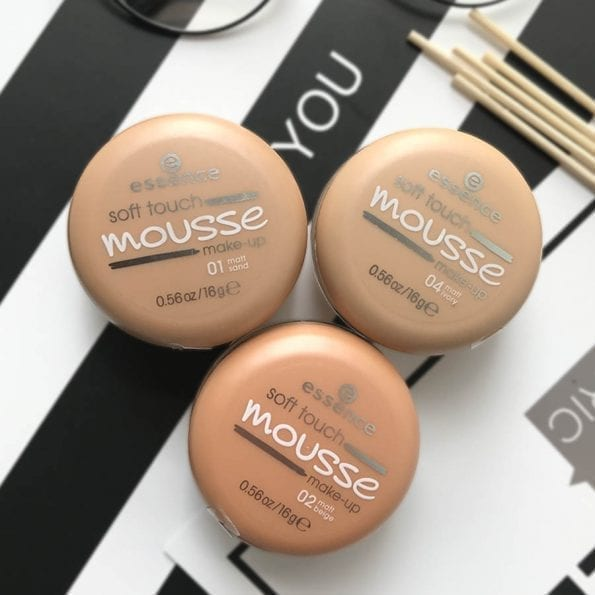 Essence Soft Touch Mousse Foundation (12)