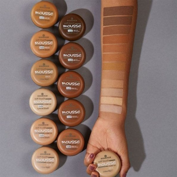 Essence Soft Touch Mousse Foundation (9)