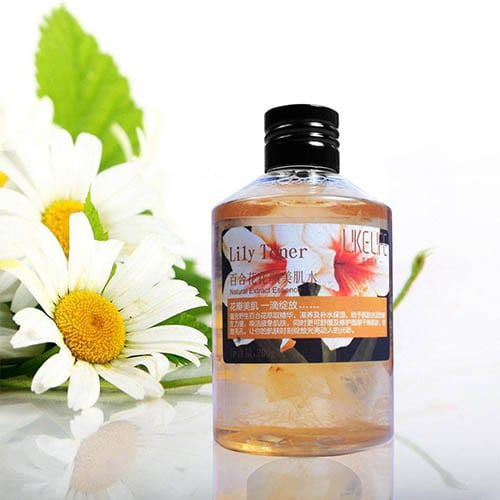Lily Toner Natural Extract Essence