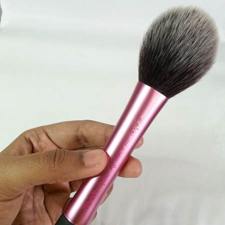 Real Techniques Single Blush Brush Pink Colour (6)