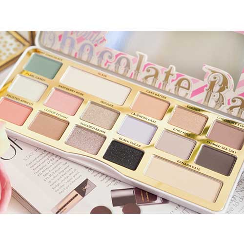 Too Faced White Chocolate Bar Palette 8
